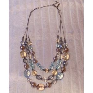 Jewelry - Jewel toned beads & pearl statement necklace